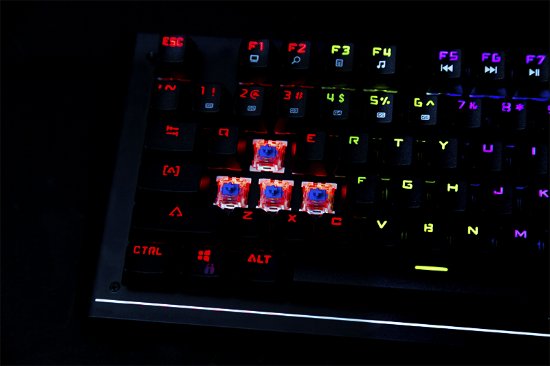Product_Keyboard_Mech10_Gallery4_V1